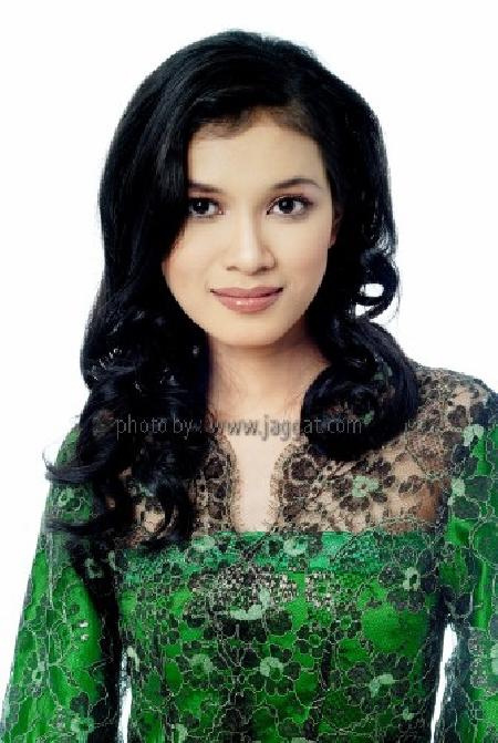 Model profile photo of Syuhada