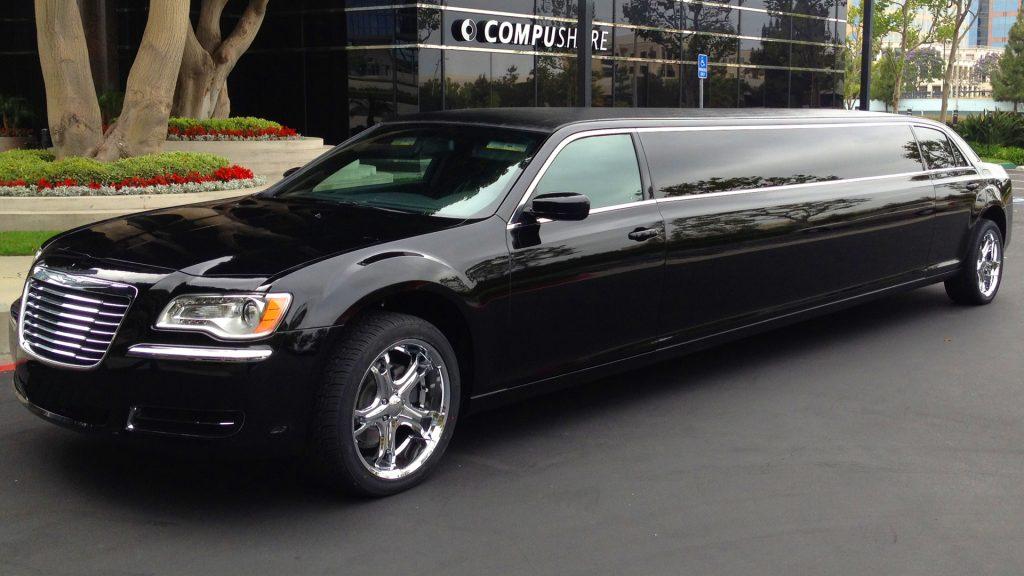 Black Stretch Chrysler Limousine