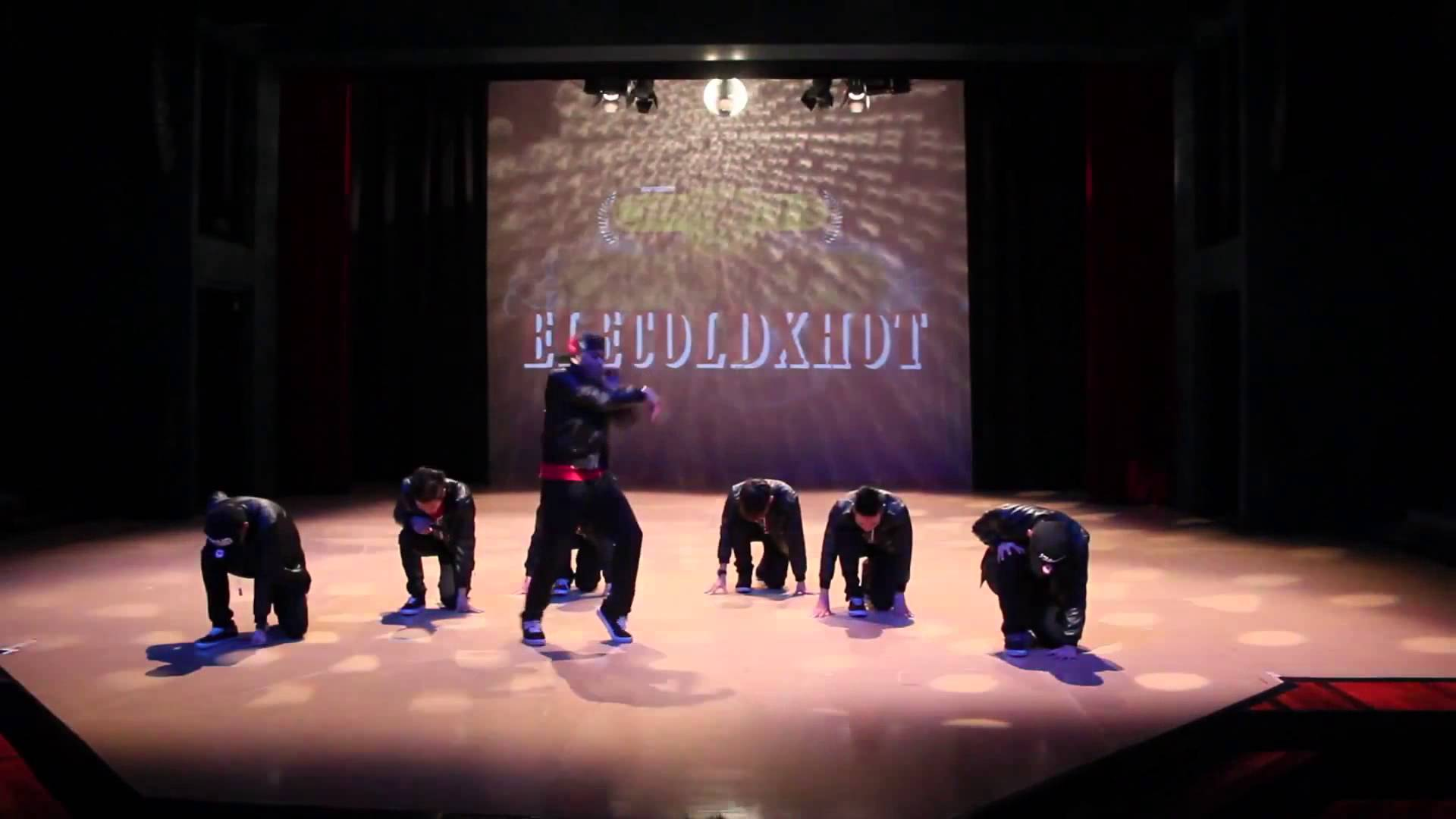 Elecoldxhot: HipHop Dance Performance