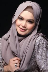 KUALA LUMPUR 15 January 2015. (UNTUK YATI/RAP SHJ) Penyanyi, Datuk Siti Nurhaliza. NSTP/Munira Abdul Ghani