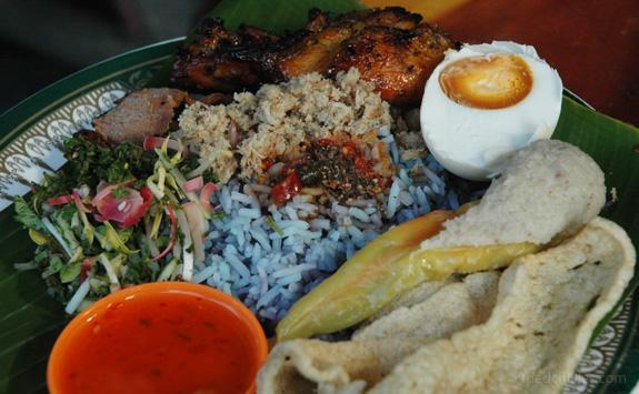 Nasi Kerabu Asli Kelantan / Terengganu