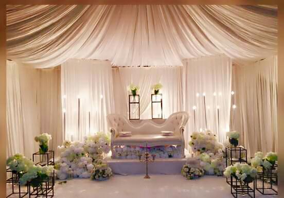 Pelamin: Modern Tent Wedding Stage