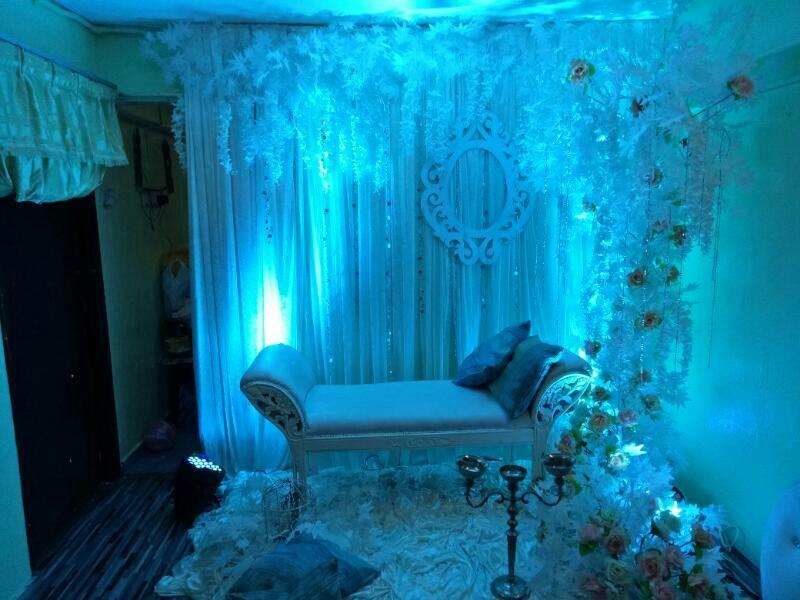 Pelamin Pertunangan : Cinta Salju