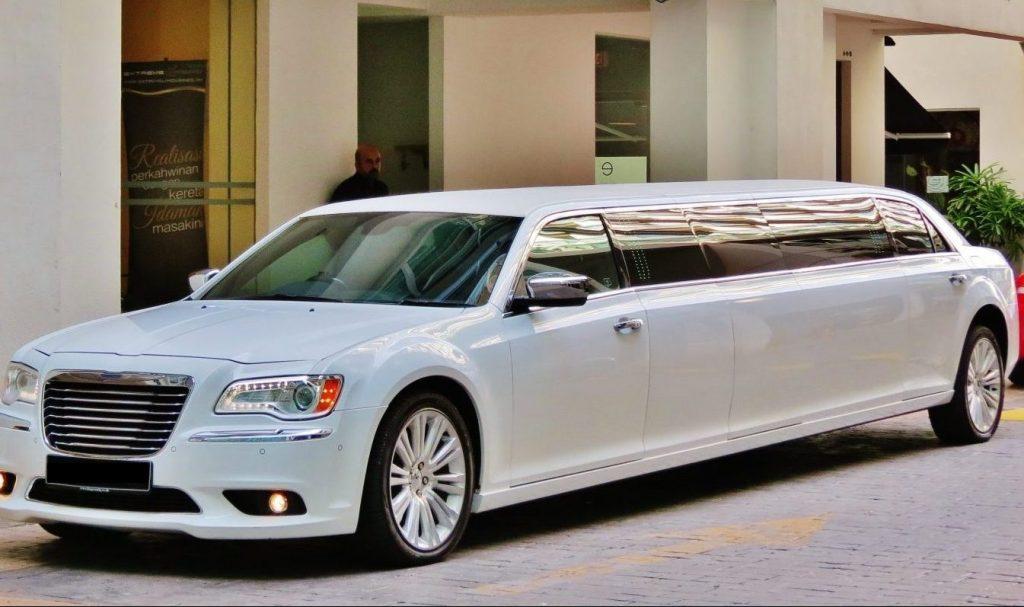 Stretch Chrysler Limousine
